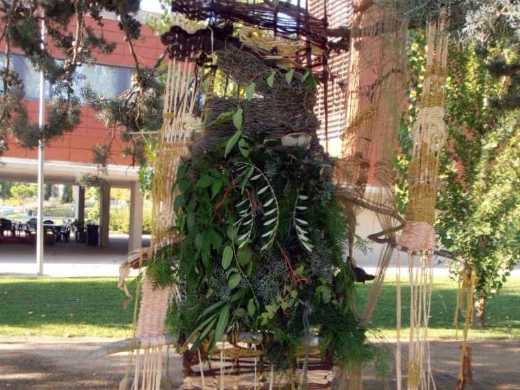 Tapiz efímero en conmemoración de los 40 años de ETSEA · Universidad de Lleida