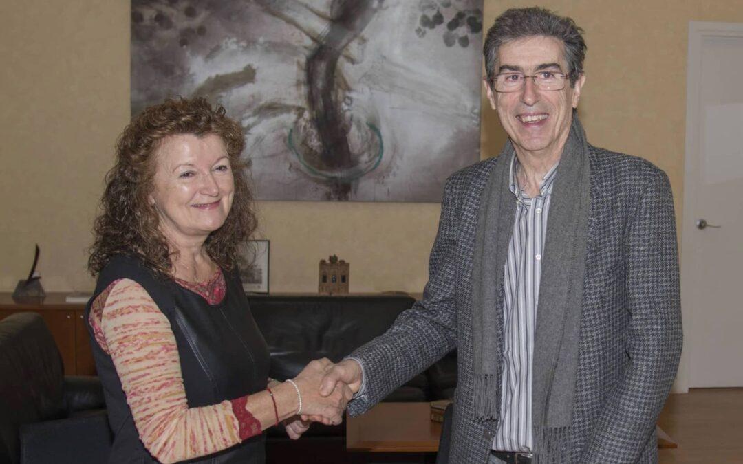 La artista Palmira Rius ha firmado un contrato de cesión con la Universidad de Lleida