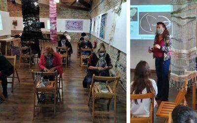 Conferencia-taller con la Asociación de mujeres y niños y niñas de la Escuela Pública de Gimenells